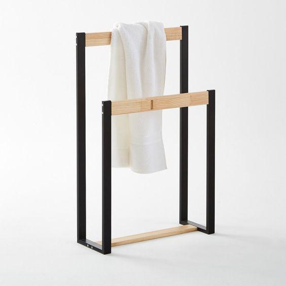 Вешалка полотенцесушитель Мекка